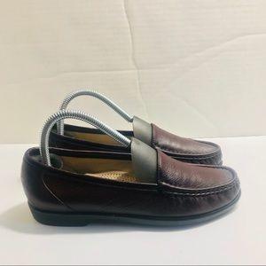 SAS Tripod Women's Sz 7.5 Slip-On Leather Loafers